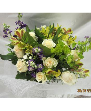 """Букет """"Валерия""""с розами и..."""